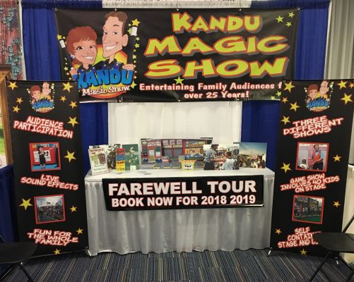 Last-Trade-Show-Booth